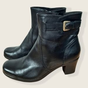 Clarks Leather Ankle Heel Boots Black Size 8.5